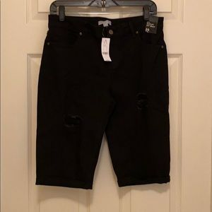 ⭐️NEW⭐️ NY&CO Bermuda Shorts